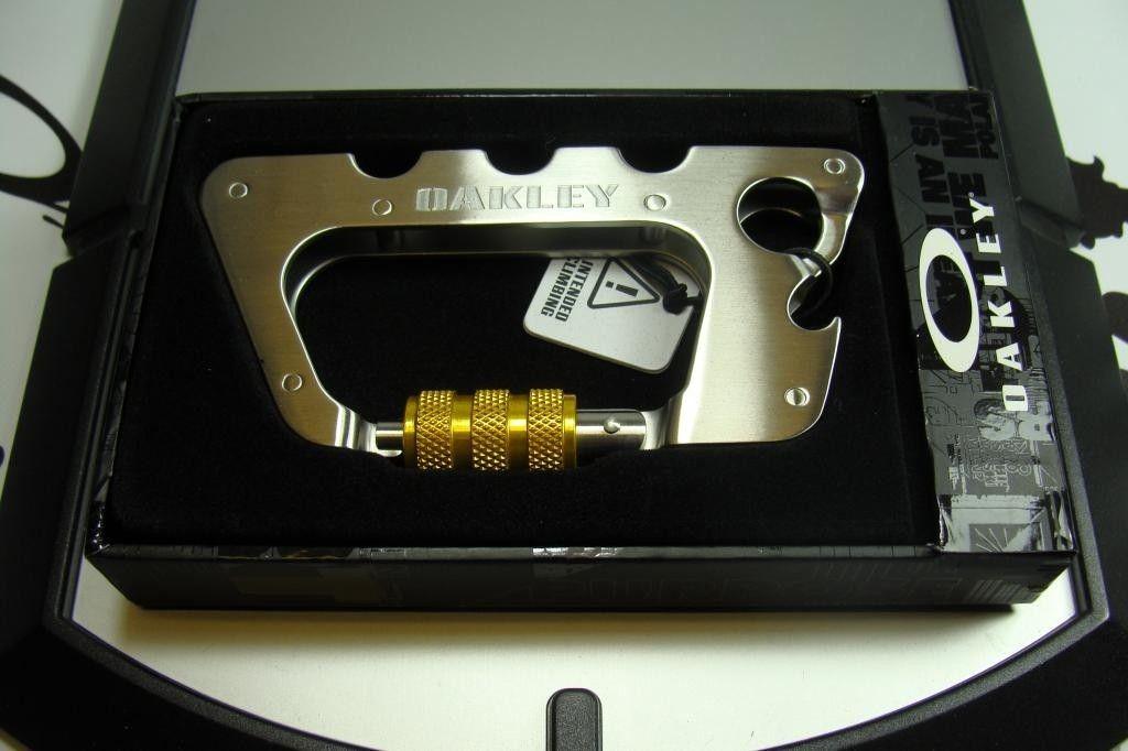 Metalworks Carabiner - DSC08391_zps318ee5c3.jpg