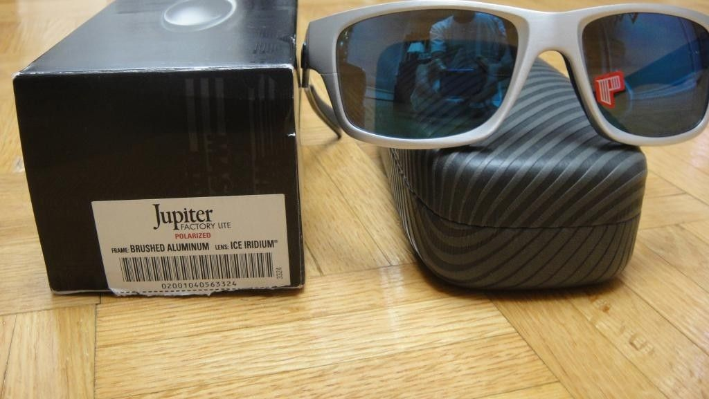 BNIB Jupiter Factory Lite Polarized (Brushed Aluminum/Ice Lens) - DSC08992.jpg