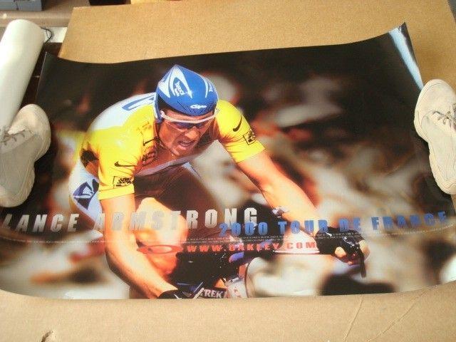 1999 & 2000 Lance Armstrong 2001 Ricky Carmichael Posters - DSC09148.JPG