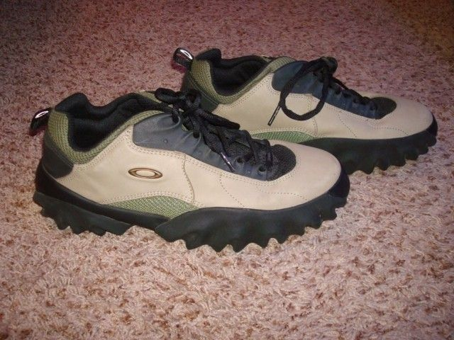 VGC Chop Saw Shoes in size 12 - DSC09980.JPG