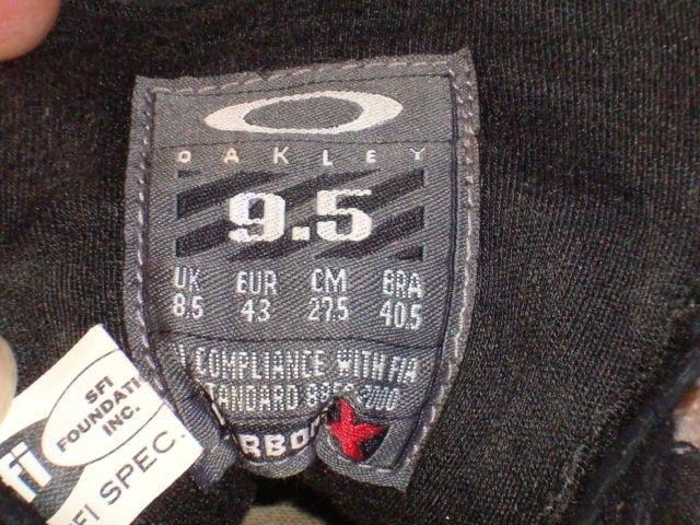 Race Mid Shoes Size 9.5 VGC SFI certified Carbon X Black - DSC09993.JPG