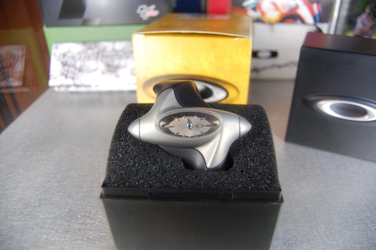 Oakley Torpedo Watch Value? - dsc10044.jpg