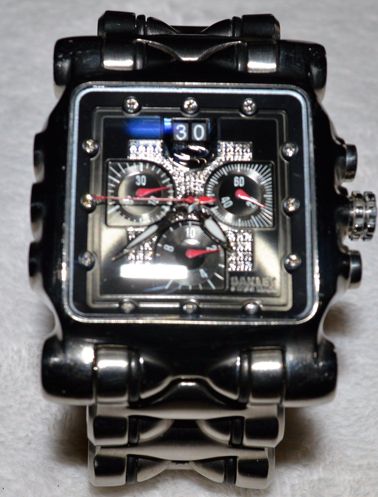 9c54f382d6d63 Diamond Black Face Oakley Minute Machine - DSC 0046b.JPG