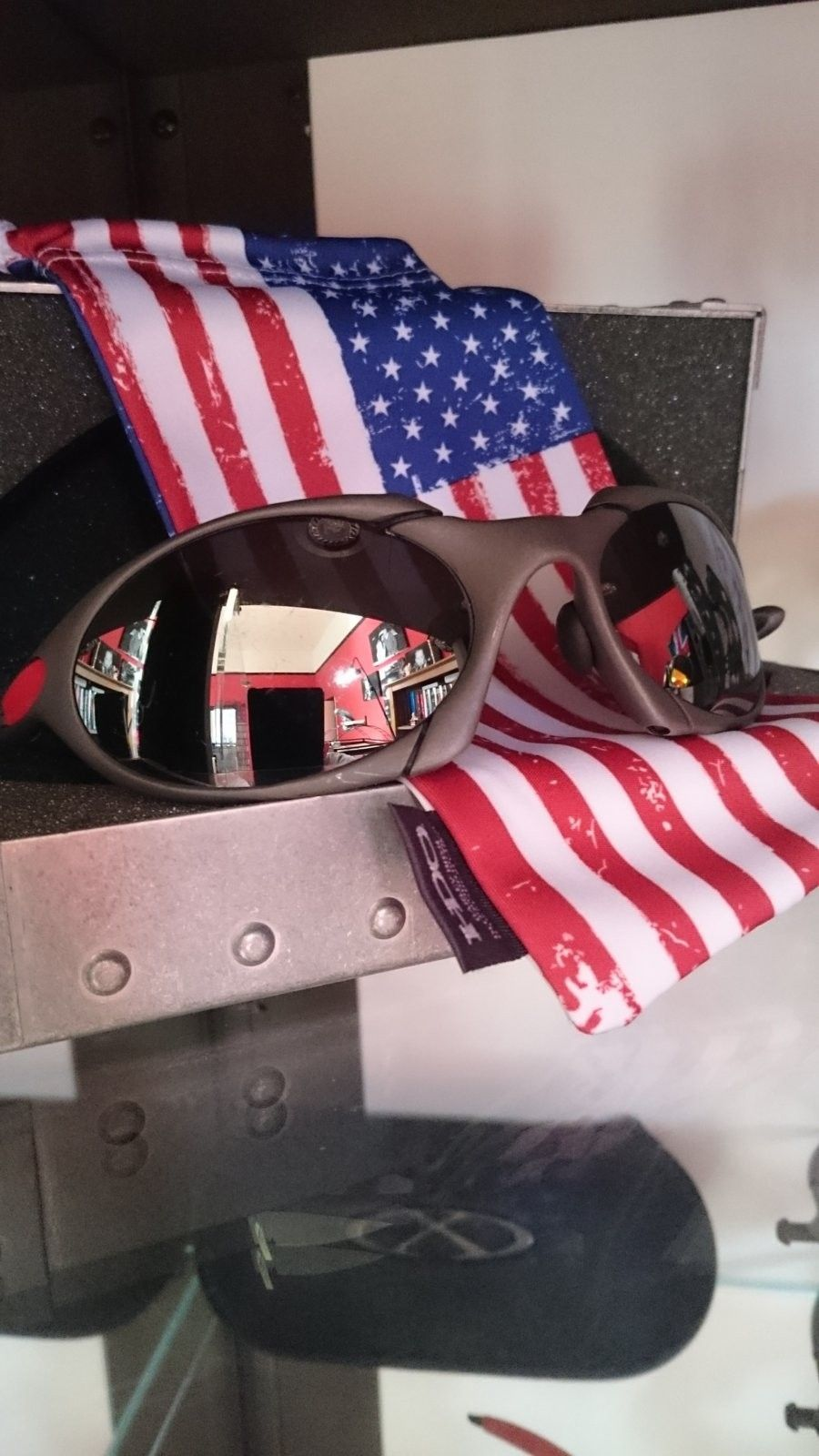 X-metal R1 with 2 sets of OEM lenses - DSC_0048.JPG