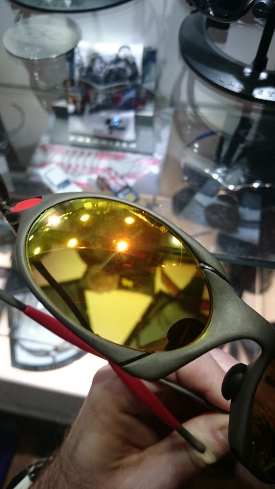 X-metal R1 with 2 sets of OEM lenses - DSC_0054.JPG