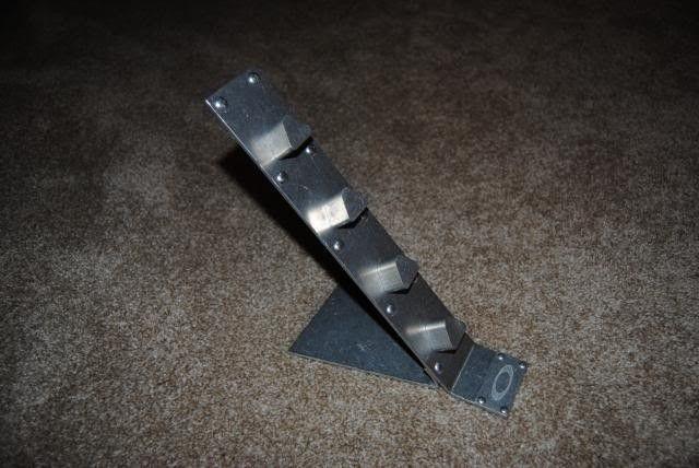 Aluminum Oakley Stand - DSC_0587.jpg