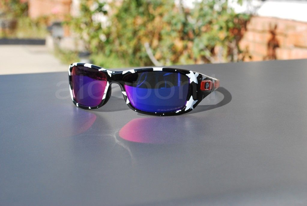 Oakley Hyjinx Frank Kozik Factory Custom +red Polarized Lenses ONE OF A KIND! - DSC_06922scopy.jpg