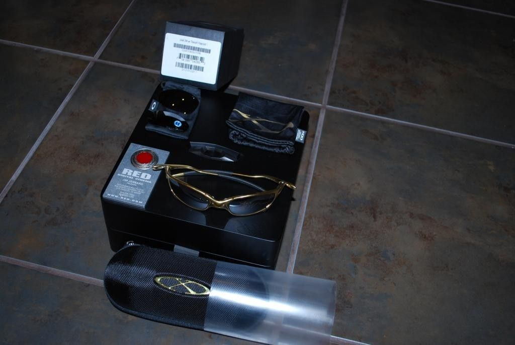 24K Juliet signed W/extra lenses and presentation box - DSC_0733_zps0c05e6d4.jpg