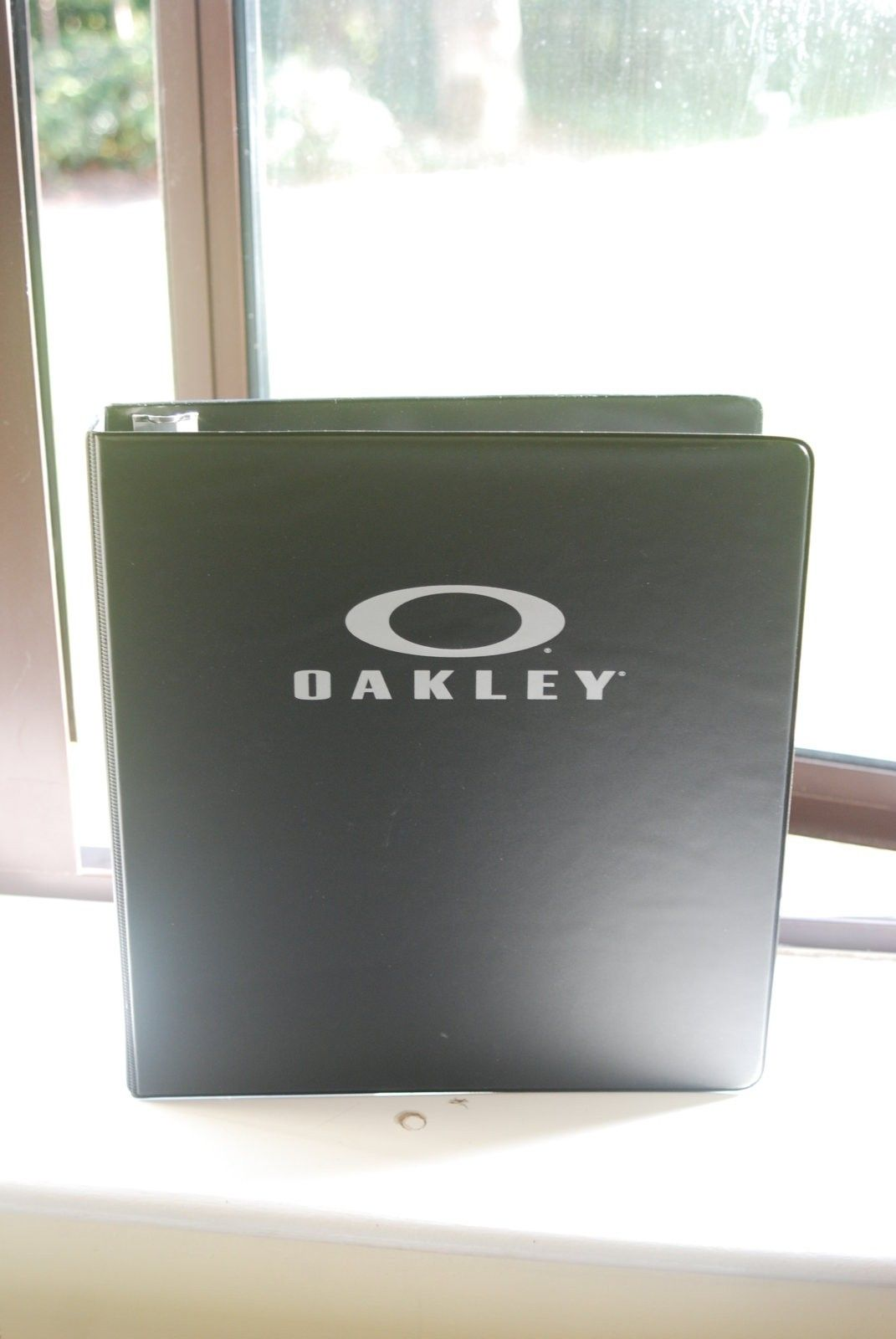 Oakley A4 folders / ring binder - DSC_5094.JPG