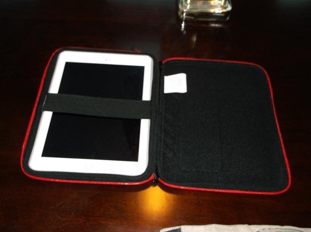 Oakley Tablet Zipper Case - DSCF0005_zps2d527c3e.jpg