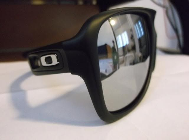 Oakley Dispatch 2 With Chrome Iridium Lens And Polished Icon. - DSCF0662.jpg