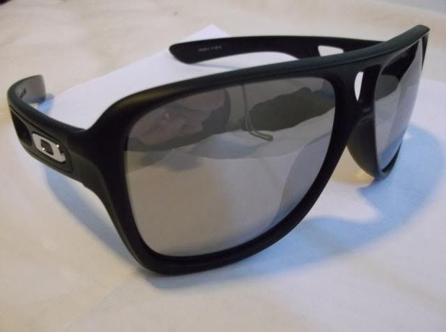 Oakley Dispatch 2 With Chrome Iridium Lens And Polished Icon. - DSCF0667.jpg