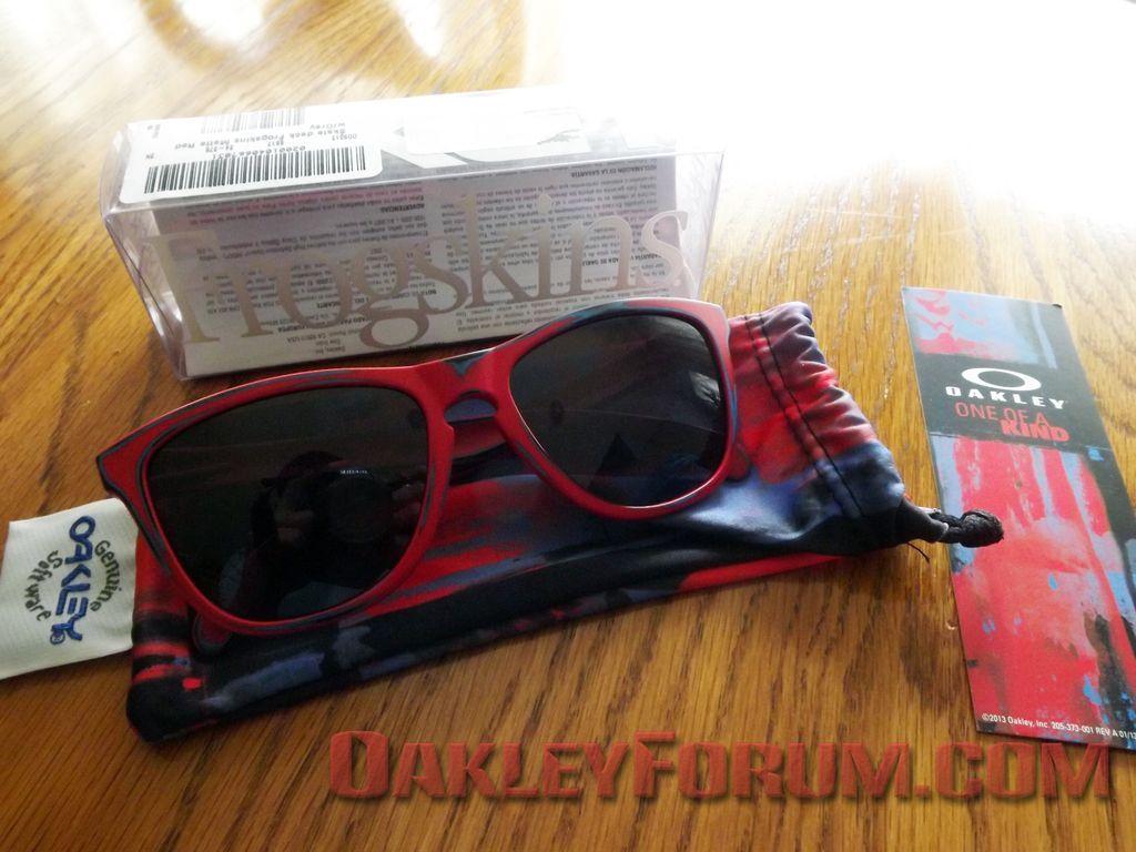 5,000 Member Free Oakley Skate Deck Frogskins Giveaway! - dscf1013c.jpg