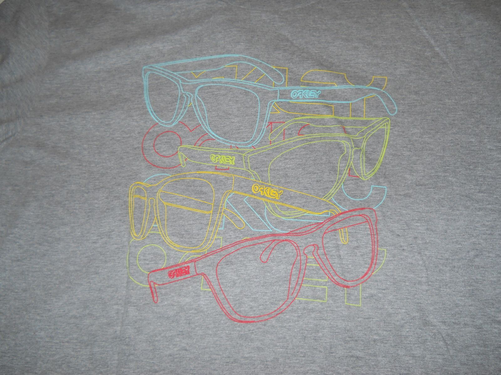 Frogskins Gray Tee Shirt - dscn0051h.jpg