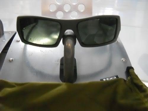 Fs Oakley  Gascan Soviet Bnib - DSCN0472.jpg