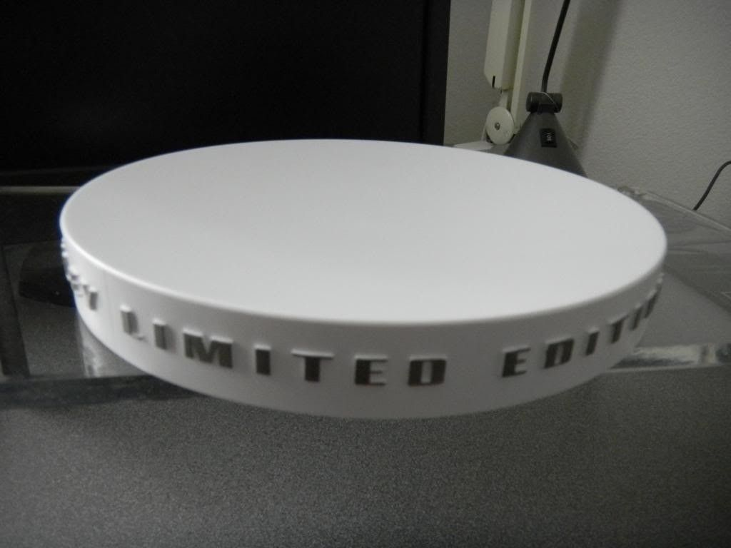 WTS - White Limited Edition Round Display Stands - DSCN0645.jpg