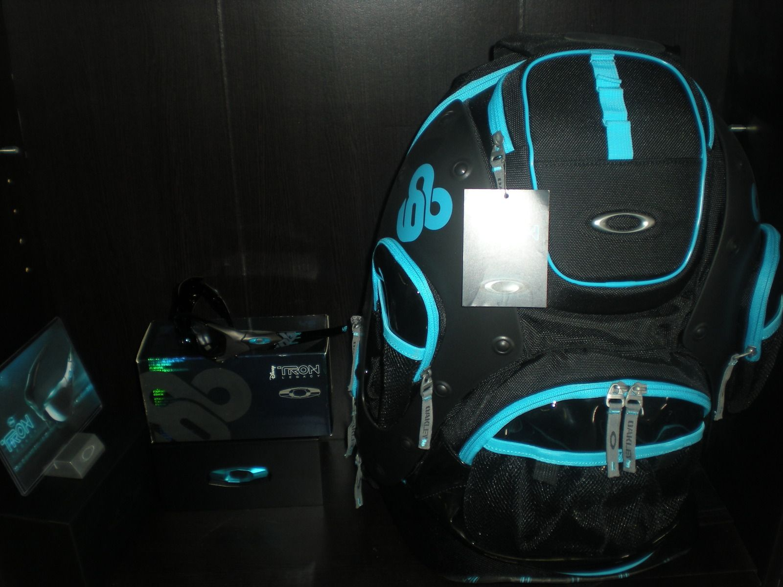 Tons Of Stuff!  Tron Pit Boss/Backpack Combo, JPM Splice NIB, And Much Much More!!!!! - dscn3156o.jpg