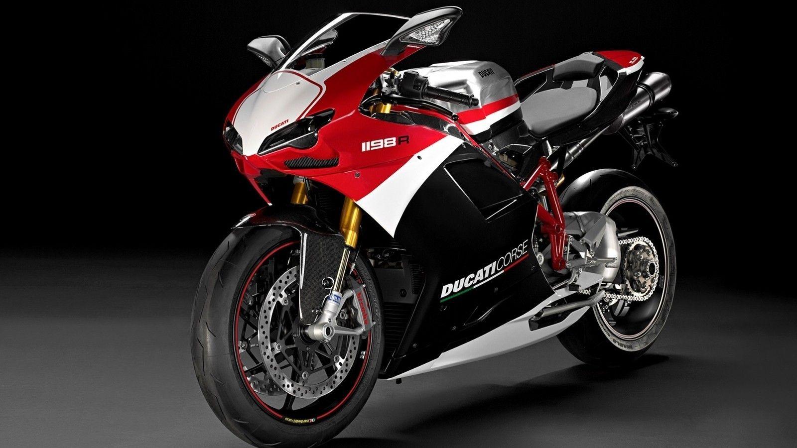 Hijinx - ducati-motorcycles-783092.jpg