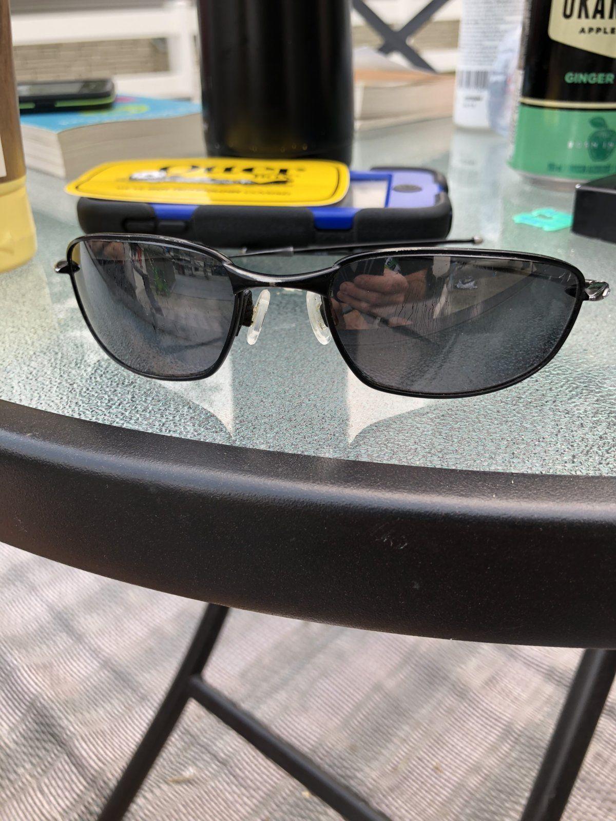"The ""What are these Oakleys / Indentify My Oakleys"" Thread - E2F6EA12-140C-4F40-BFF4-287EDC41239F.jpeg"