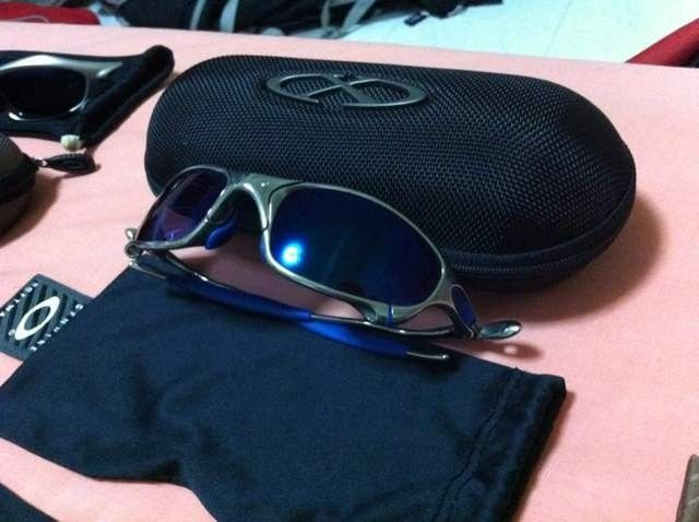 My name is BriP, and I'm an Oakley-holic. - e7edadaz.jpg