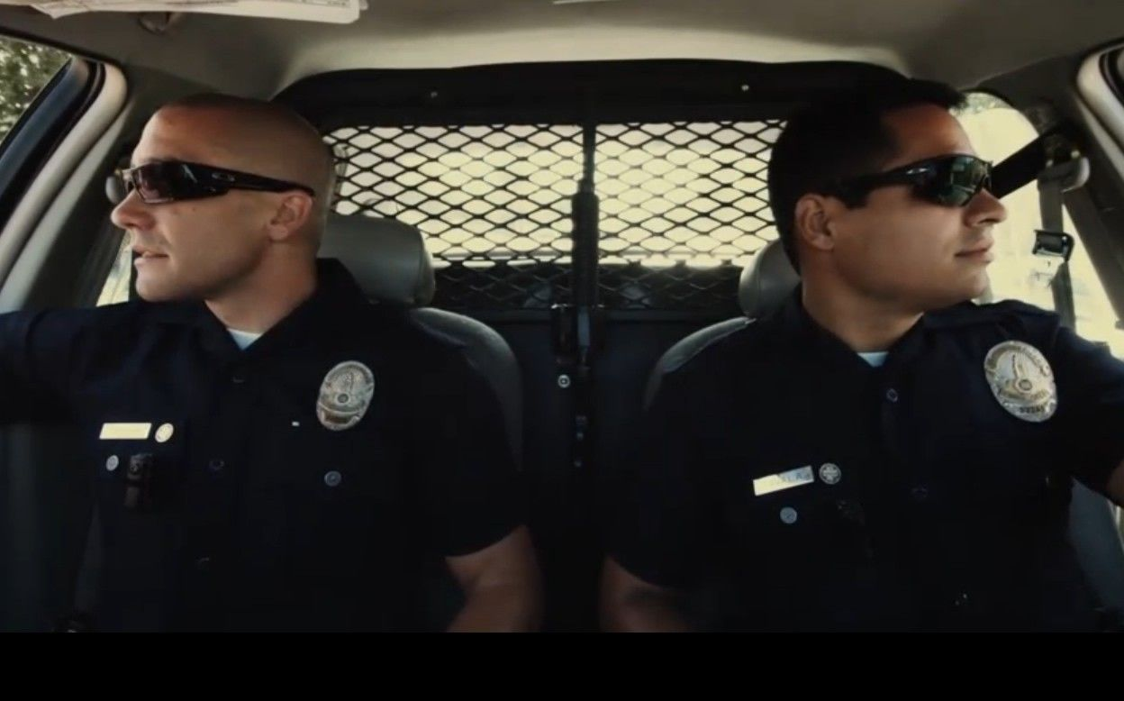 oakley sunglasses used in end of watch
