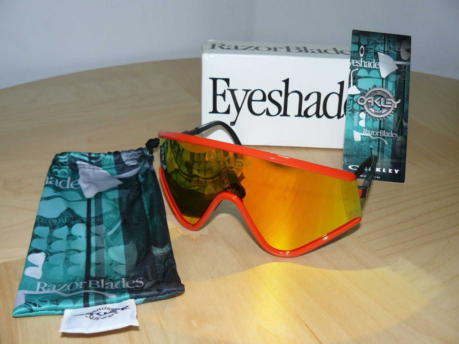 New Items in DOakley's collection - Eyeshade.JPG