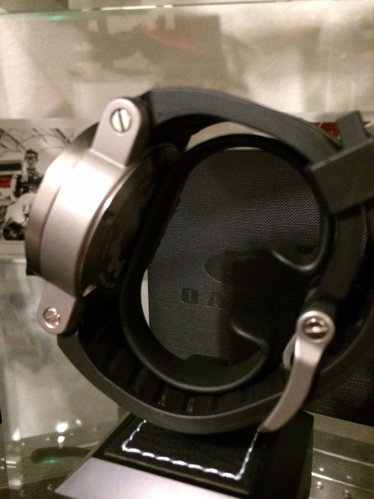 Gearbox Carbon - ezy9abup.jpg