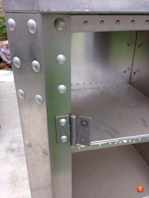 X-Metal Display Pedestal *SOLD* - ezyde5yr.jpg
