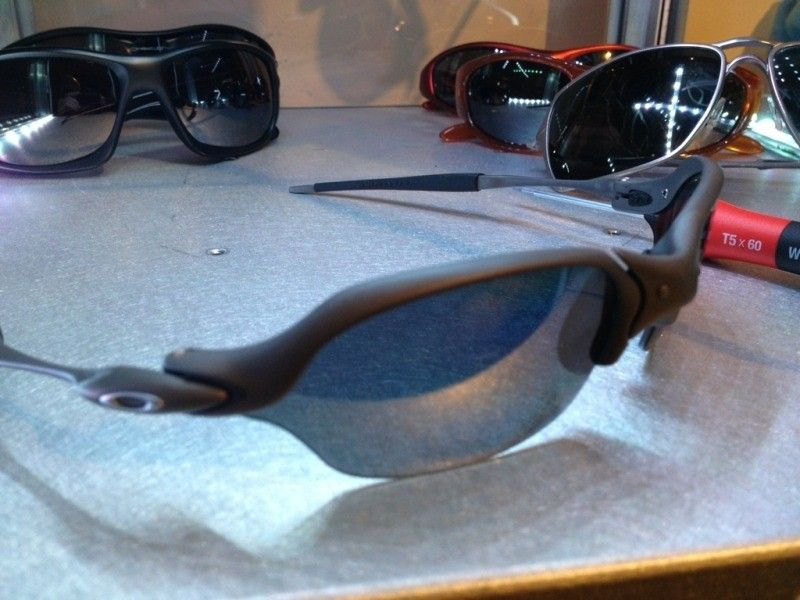 Romeo 2  - X Metal Black Polarized PICS ADDED - F95BEA66-69E9-4CF4-943F-913A792EE4C0-31642-00001F5CE6579BD6.jpg