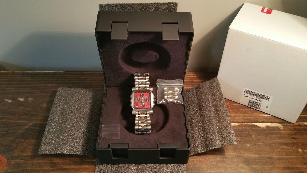 Minute Machine Red Dial Titanium SOLD - F9C71724-A0DF-4B32-AD14-A75B14BC8BEA.jpg