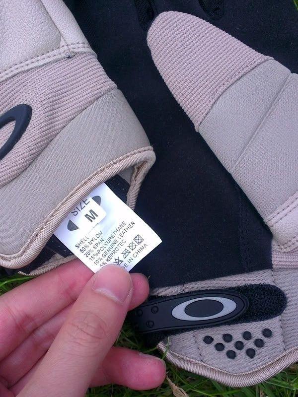 Counterfeit SI Gloves? - Fake_Label_2.jpg