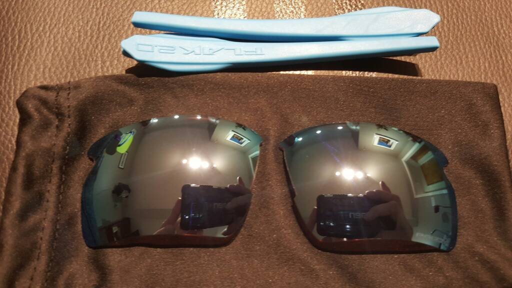 SOLD: Flak 2.0 XL Prizm Deep Water Lenses and Sky, Navy Stems - fb9ccd4fbb296ee807bb0a879c1d642b.jpg