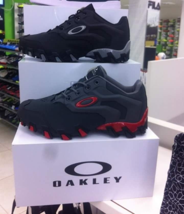 OAKLEY BR - SHOES - FB_IMG_1474186076035.jpg
