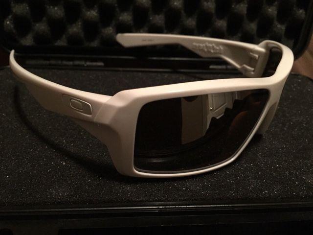 Oakley Eyepatch 1 white/ 3 sets of lenses - ff51ab5432a2e2b0cef15d01df7ad44b.jpg