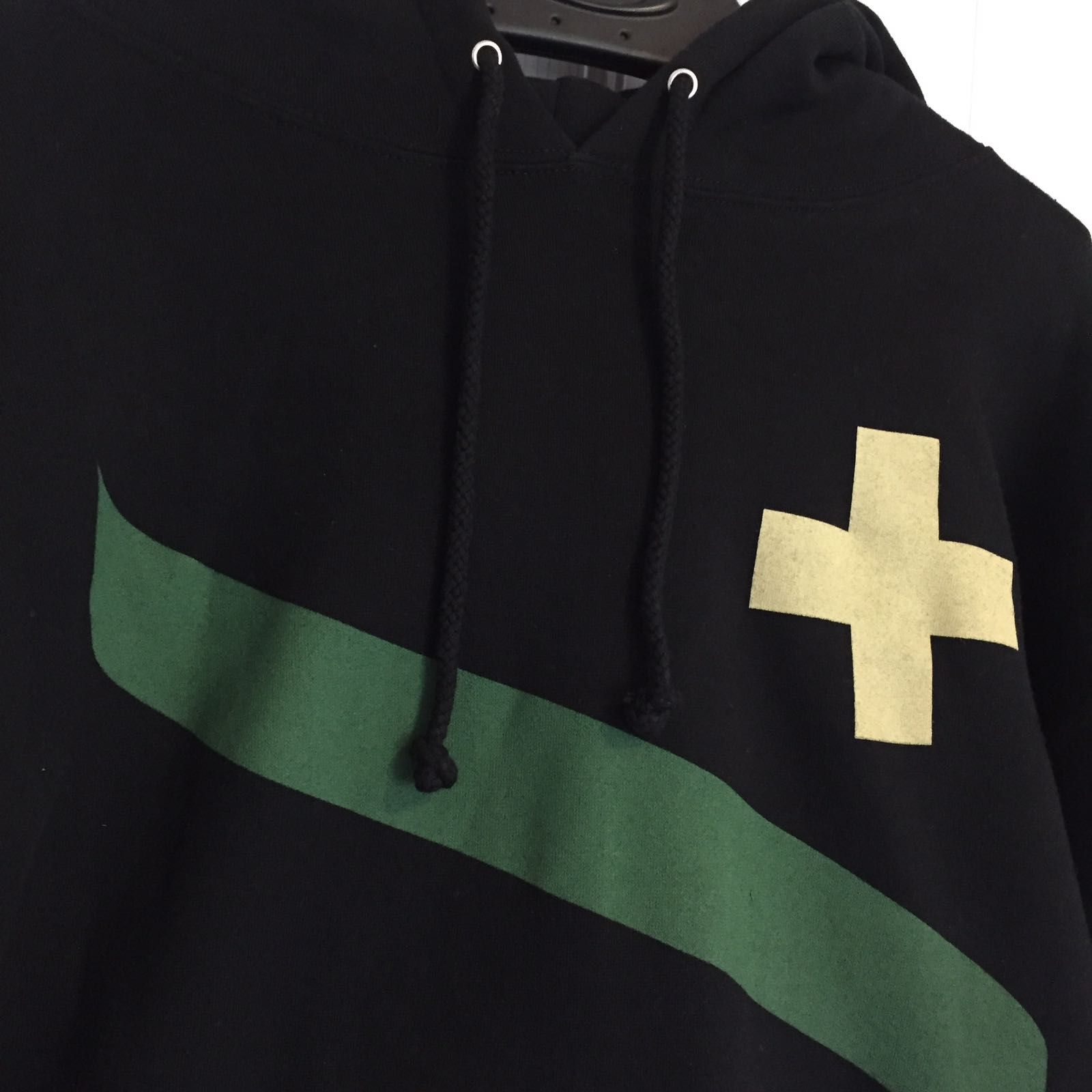 oakley common thread hoodie - ff8d4e1f-1d07-4756-ac9b-b721fa27ad38.jpeg