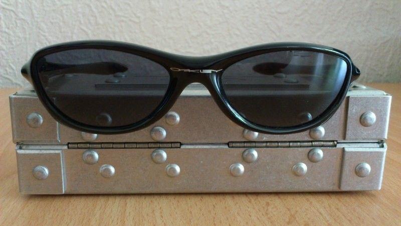 Oakley Fate Sunglasses - five1u.jpg