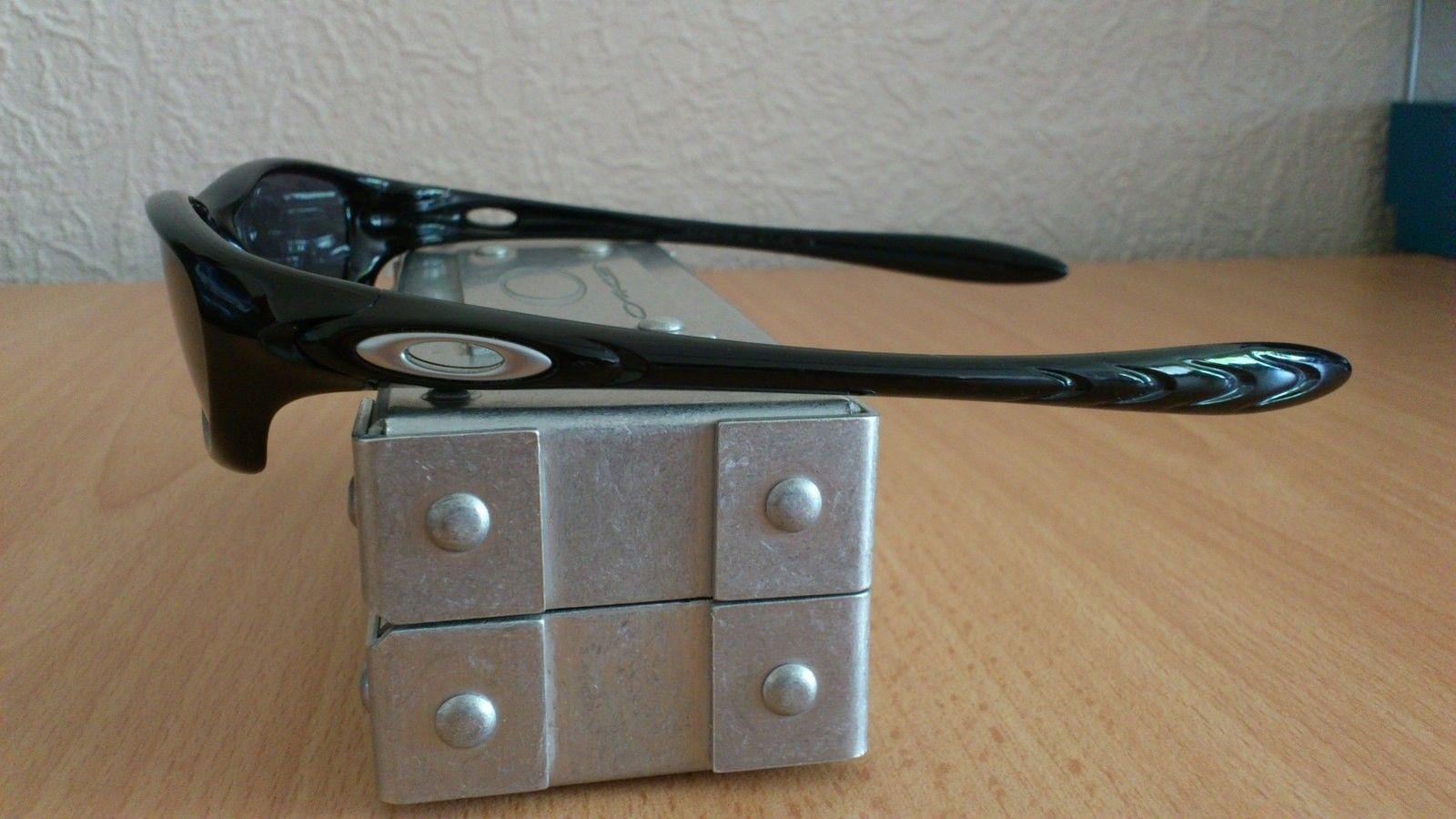 Oakley Fate Sunglasses - fiveq.jpg