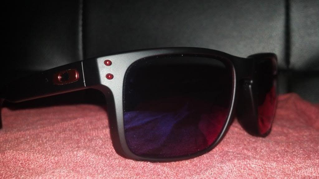 Oakley Holbrook Matte Black /  Positive Red Iridium LNIB - forsale2_zpsaf6840d7.jpg