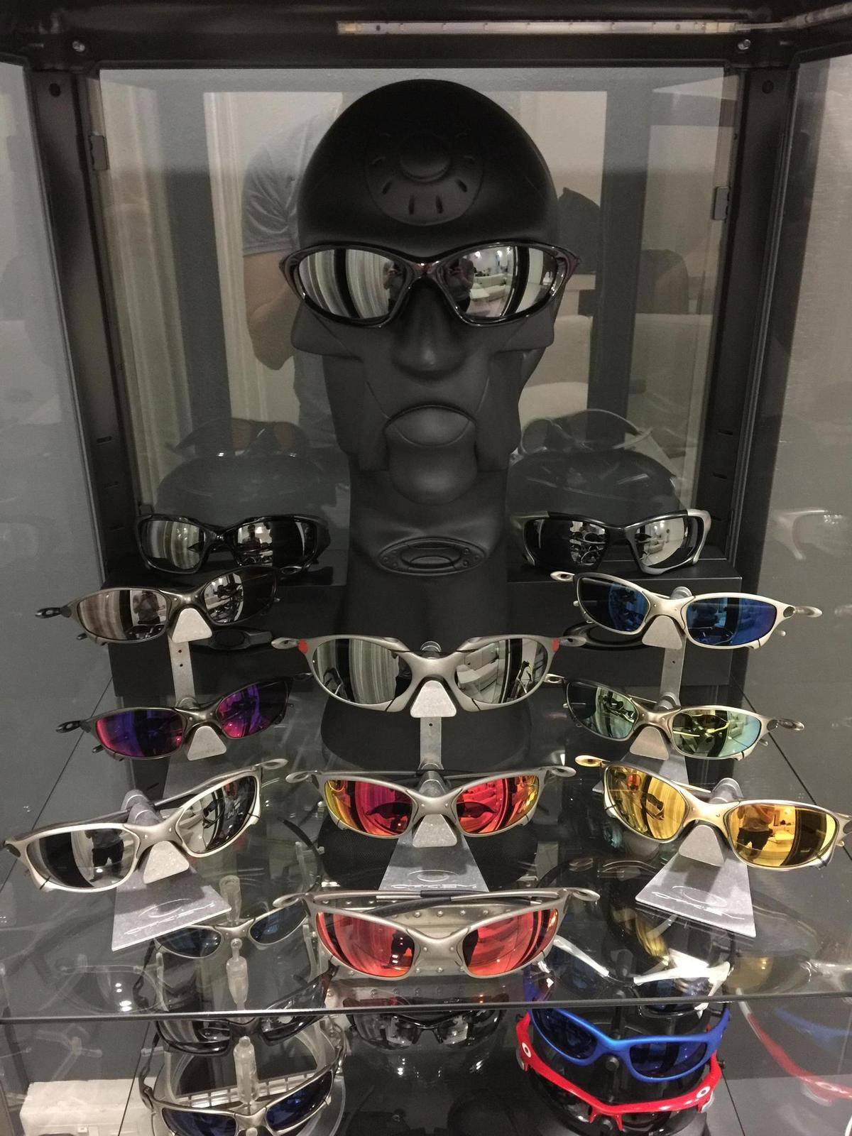 My humble Oakley collection - FppYFfh.jpg