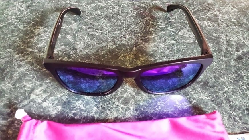 2 New Pairs Of Violet Iridium Frogskins - Polished Clear And Matte Black - Frogskins black.jpg