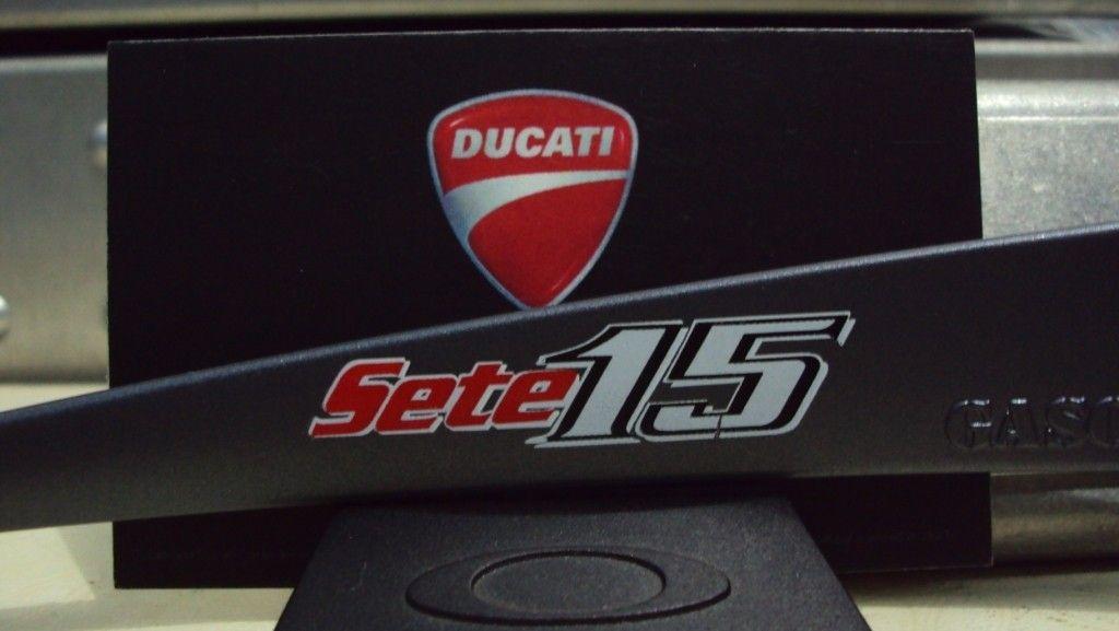 [fs] Gascan Ducati Sete Gibernau 15 - gascansete3.jpg