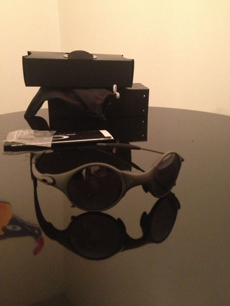 Oakley X-Metal Mars.....Complete W/box, Coin, Papers And Rubber.....$485 - geda3e2a.jpg