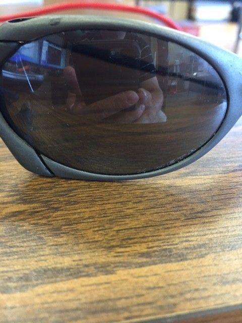Oakley Romeo 1 - Need repair - glasses1.jpg