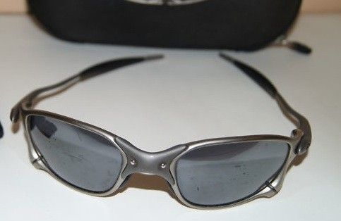 Can Somebody Tell Me? - glasses2.jpg