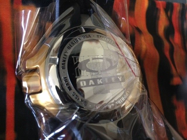 Sochi Olympic Bottle Cap watches(Gold and Silver) 1 day sale!! LOW PRICE - gold sochi watch 1.JPG