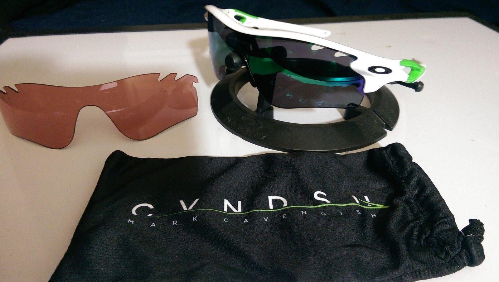 White Cavendish Radarlock $135 - gp6xZ3Q.jpg