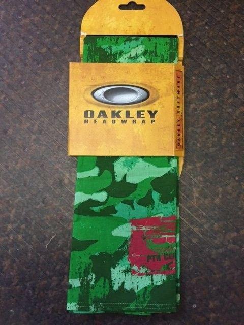 Oakley Head wrap/bandana - green O bandana 1.JPG
