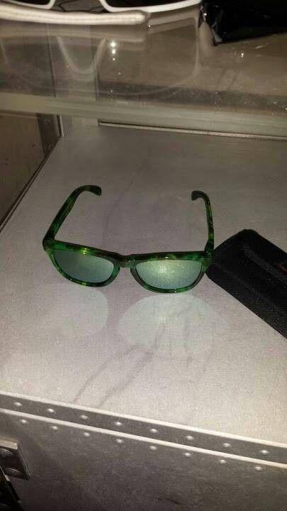 Oakley Frogskins Acid Tortoise Green - Green_Acid_Frogskins_Sunglasses.jpg