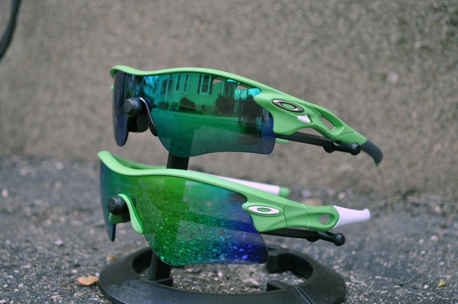Olympic Safehouse RADAR Frame (Spring Green) - greenradarandlock.jpg