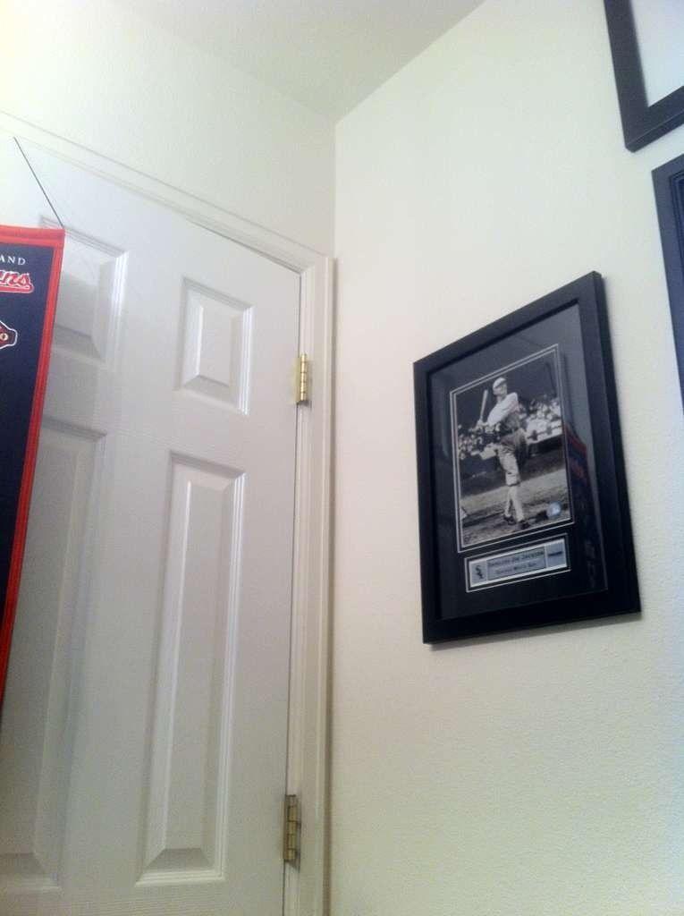 The Baseball Bathroom - he6u8e5y.jpg